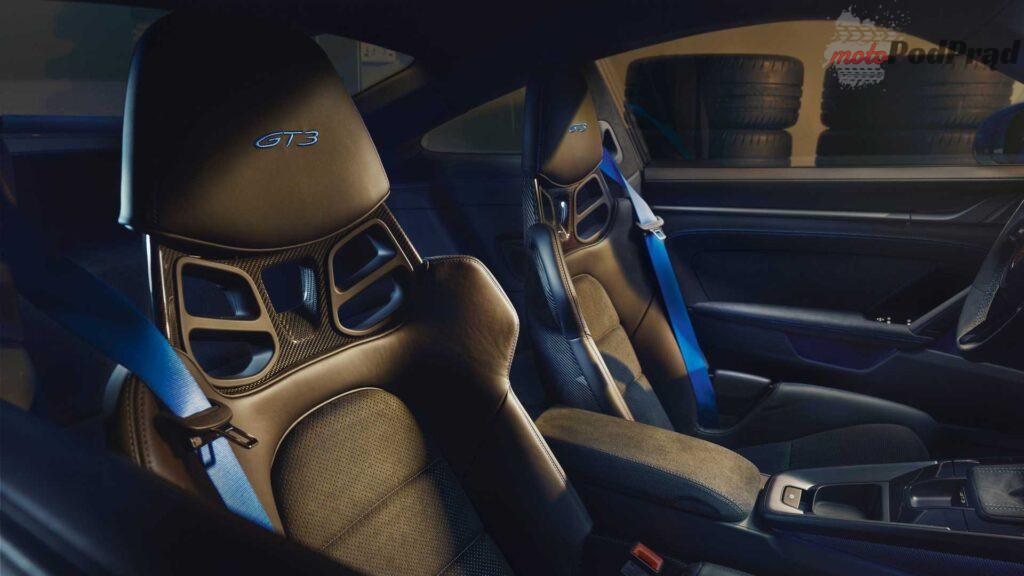 2022 porsche 911 gt3 seats 1024x576