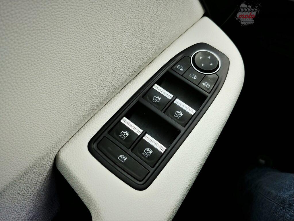 Renault Clio e tech 42 1024x768
