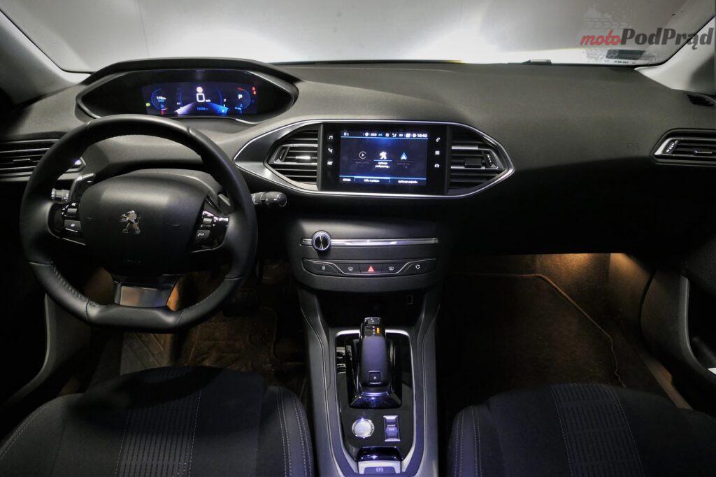 Peugeot 308 1.5 bluehdi 10 1024x682