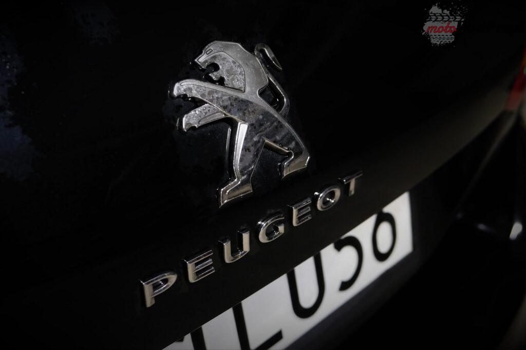Peugeot 308 1.5 bluehdi 19 1024x682