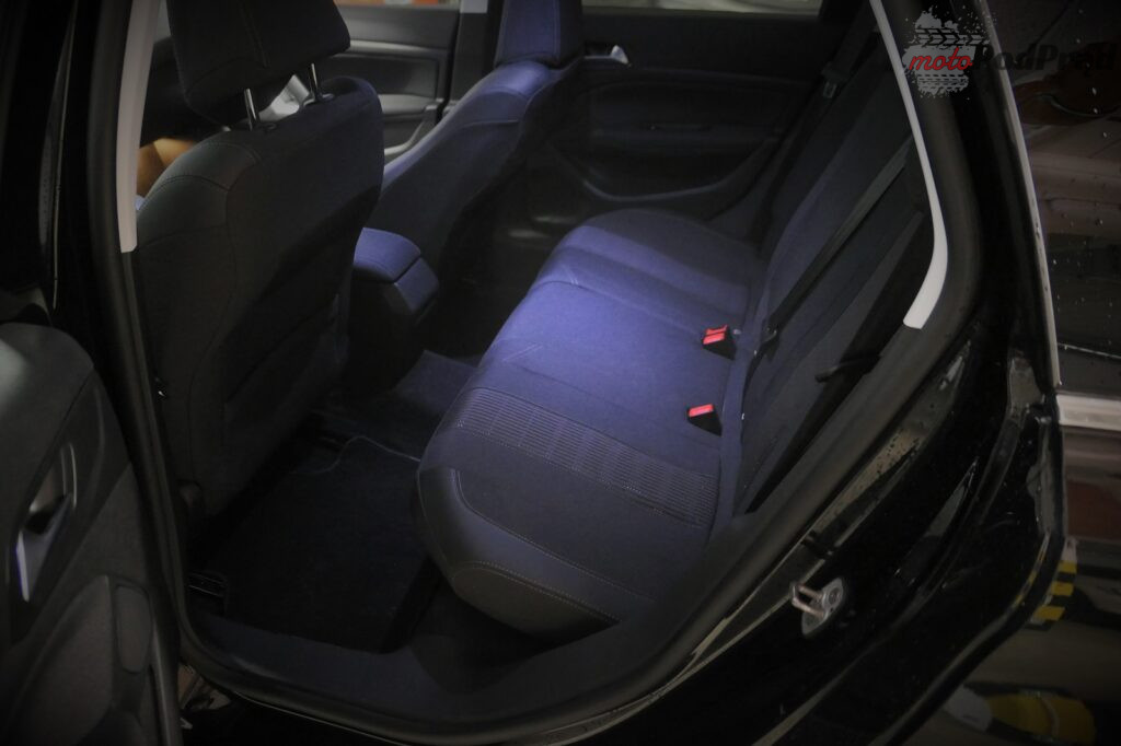 Peugeot 308 1.5 bluehdi 23 1024x682