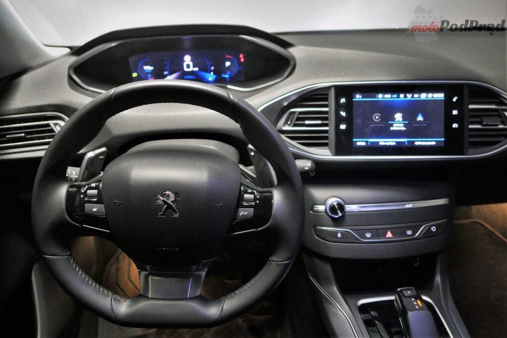 Peugeot 308 1.5 bluehdi 8 1024x682