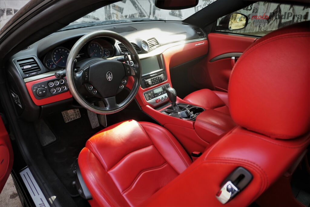 Maserati GranTurismo S 2012 11 1024x683