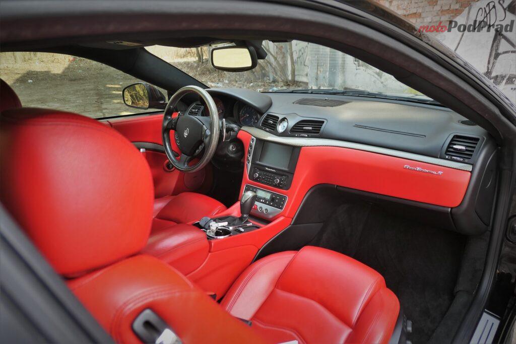 Maserati GranTurismo S 2012 25 1024x683