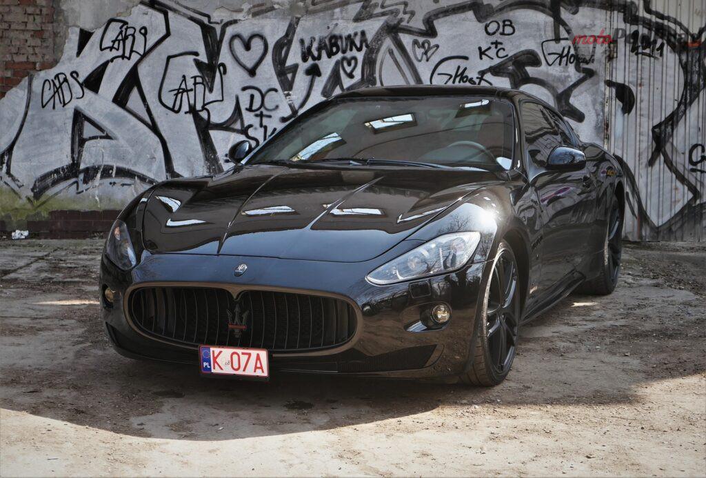 Maserati GranTurismo S 2012 38 1024x693