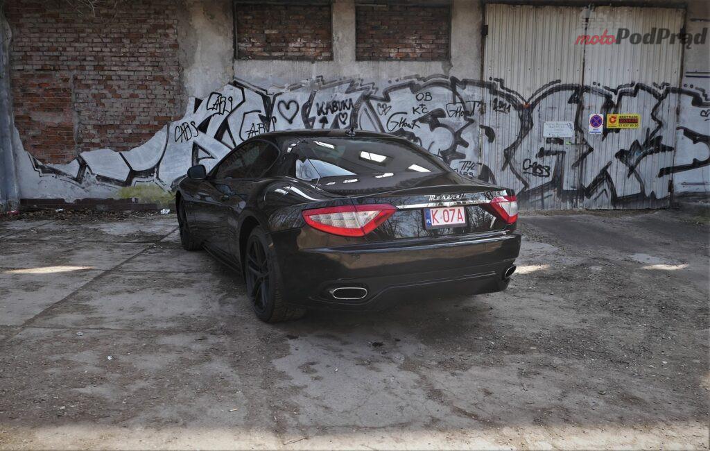 Maserati GranTurismo S 2012 61 1024x650