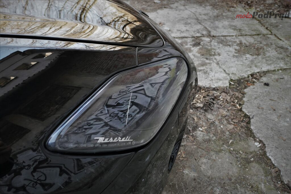 Maserati GranTurismo S 2012 7 1024x682