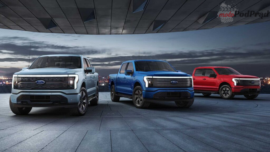 2022 ford f 150 lightning front view 1024x576