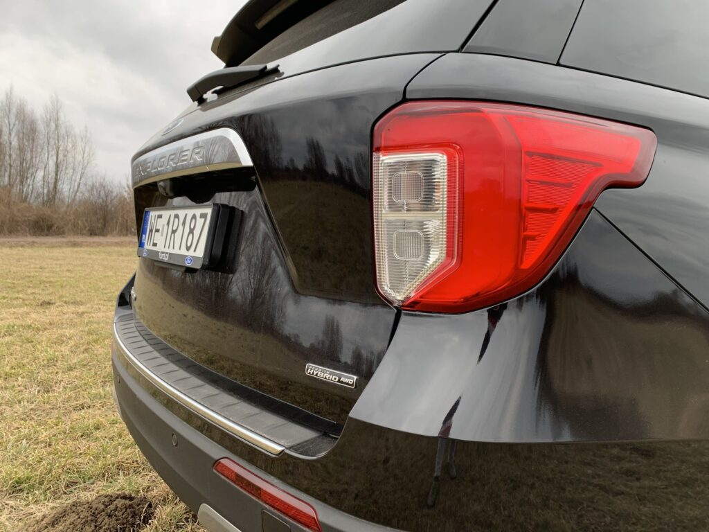 Ford Explorer 26 1024x768