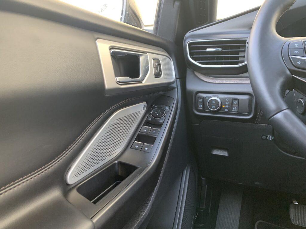 Ford Explorer 68 1024x768