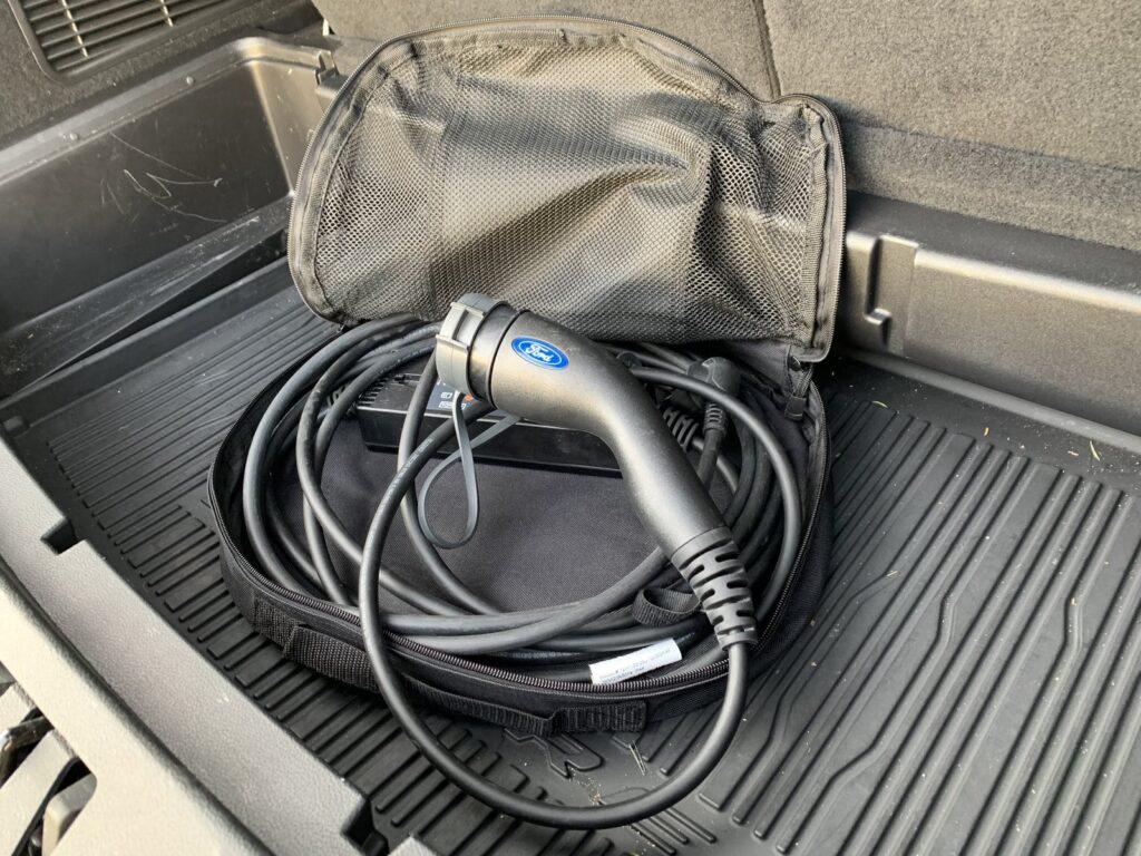 Ford Explorer 98 1024x768