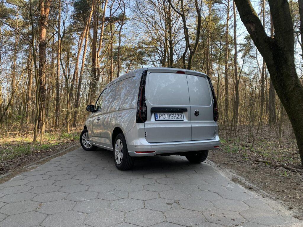 Volkswagen Caddy 20 1024x768