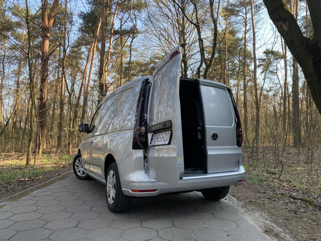 Volkswagen Caddy 22 1024x768
