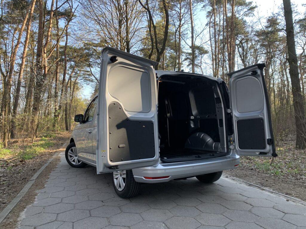 Volkswagen Caddy 24 1024x768