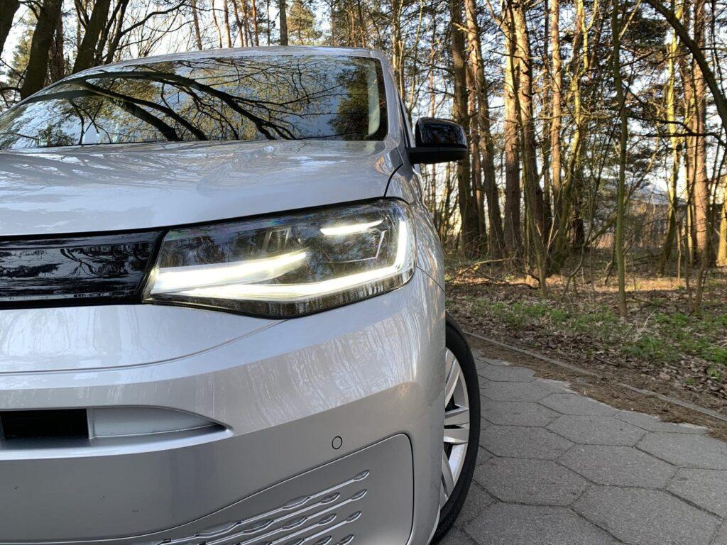 Volkswagen Caddy 3 1024x768
