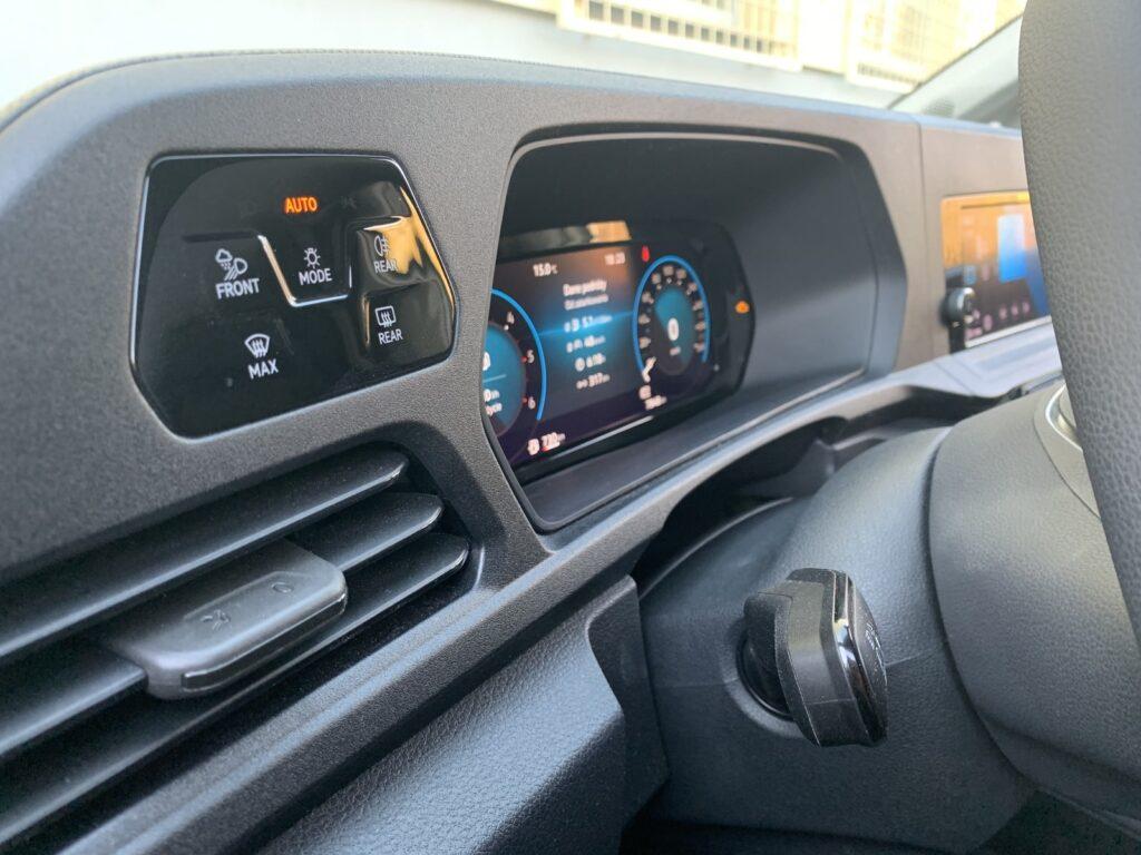 Volkswagen Caddy 47 1024x768