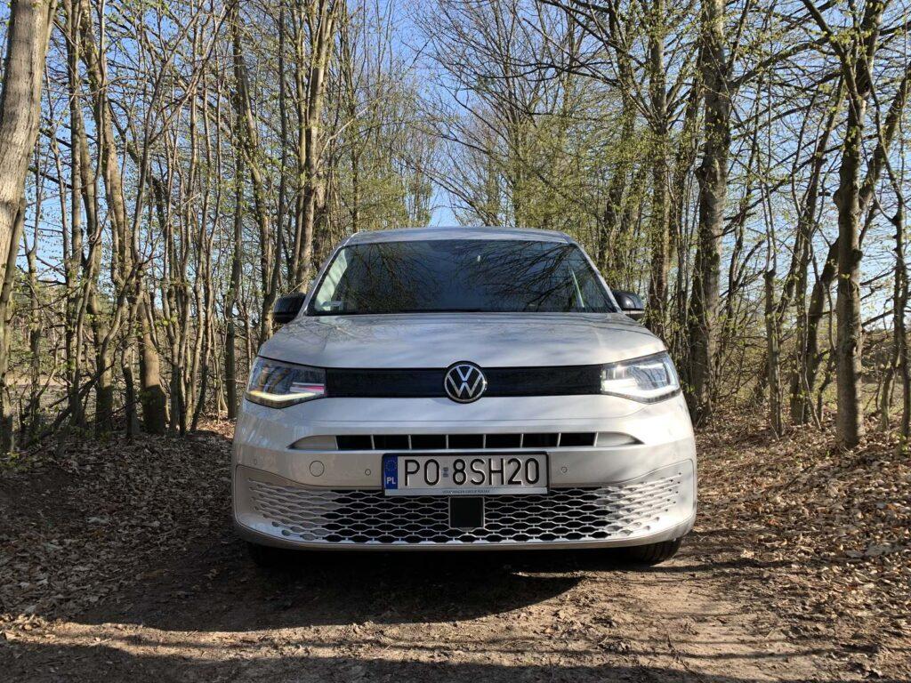 Volkswagen Caddy 9 1024x768