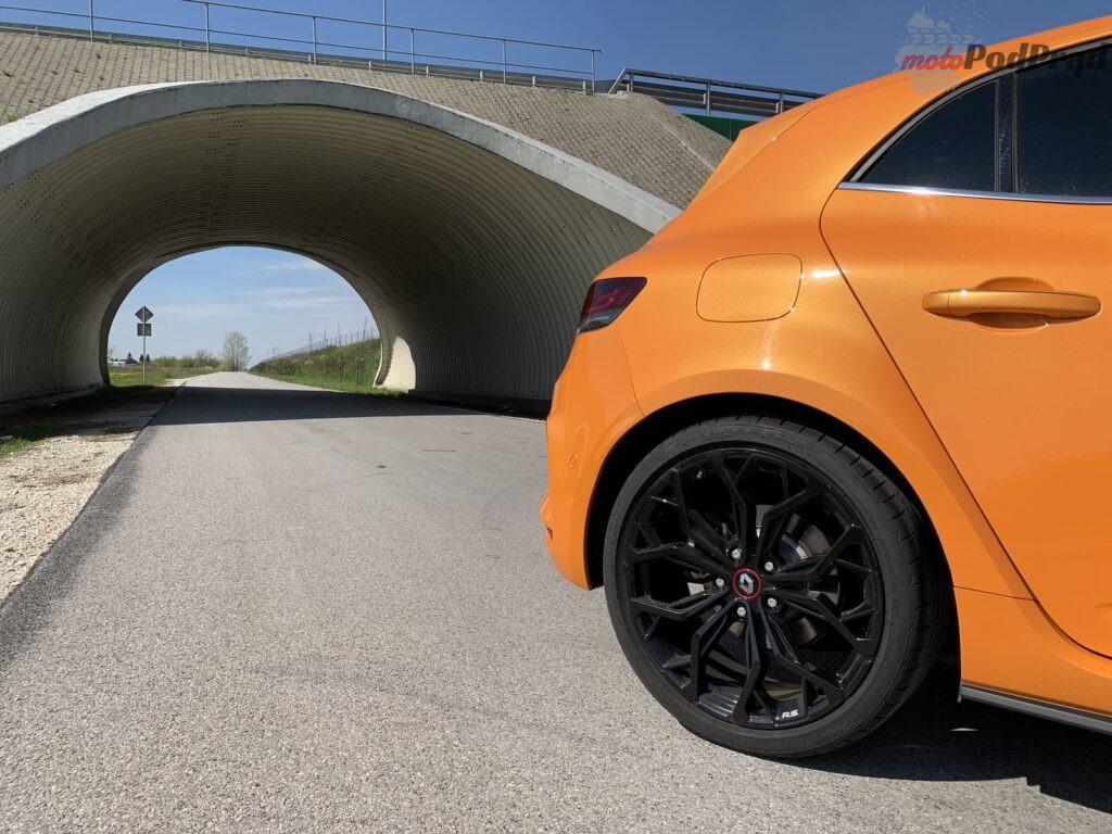 Renault Megane RS 11 1024x768