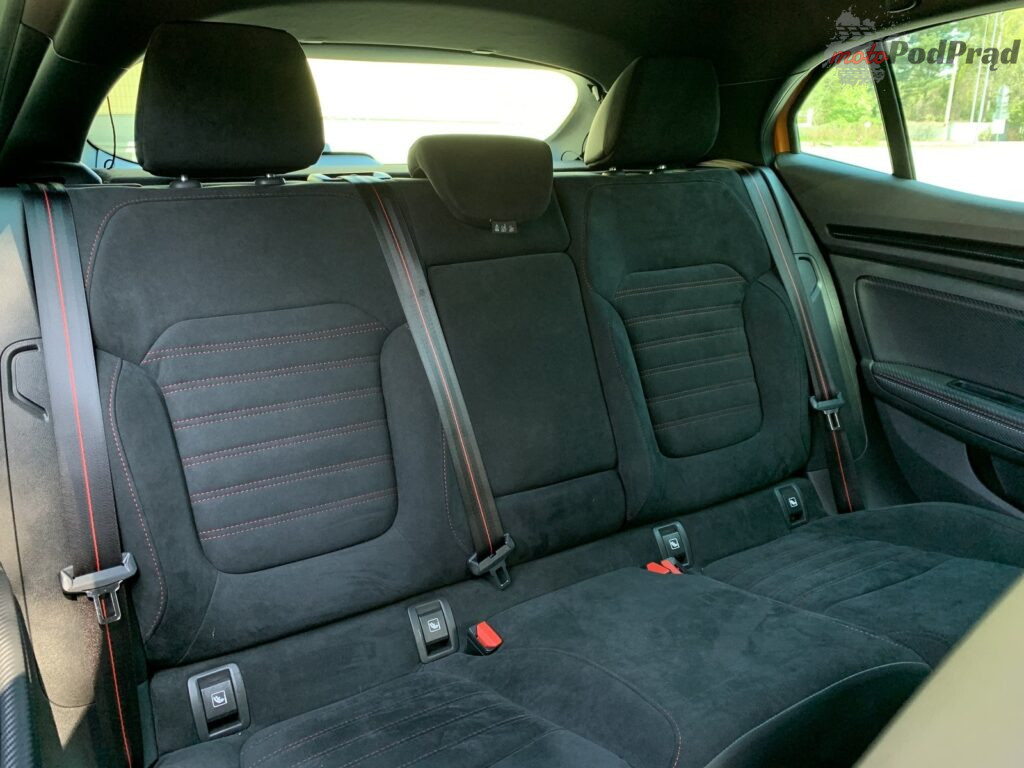 Renault Megane RS 59 1024x768