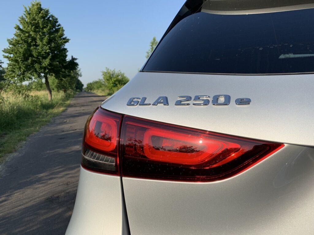 Mercedes GLA205E 20 1024x768