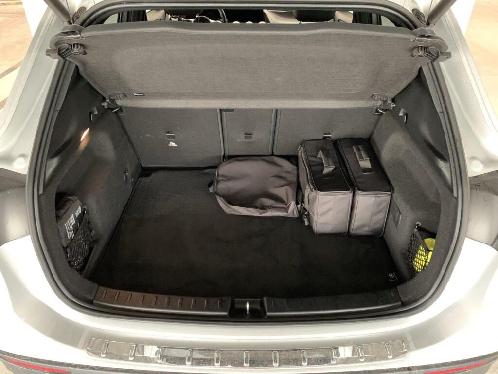 Mercedes GLA205E 31 1024x768