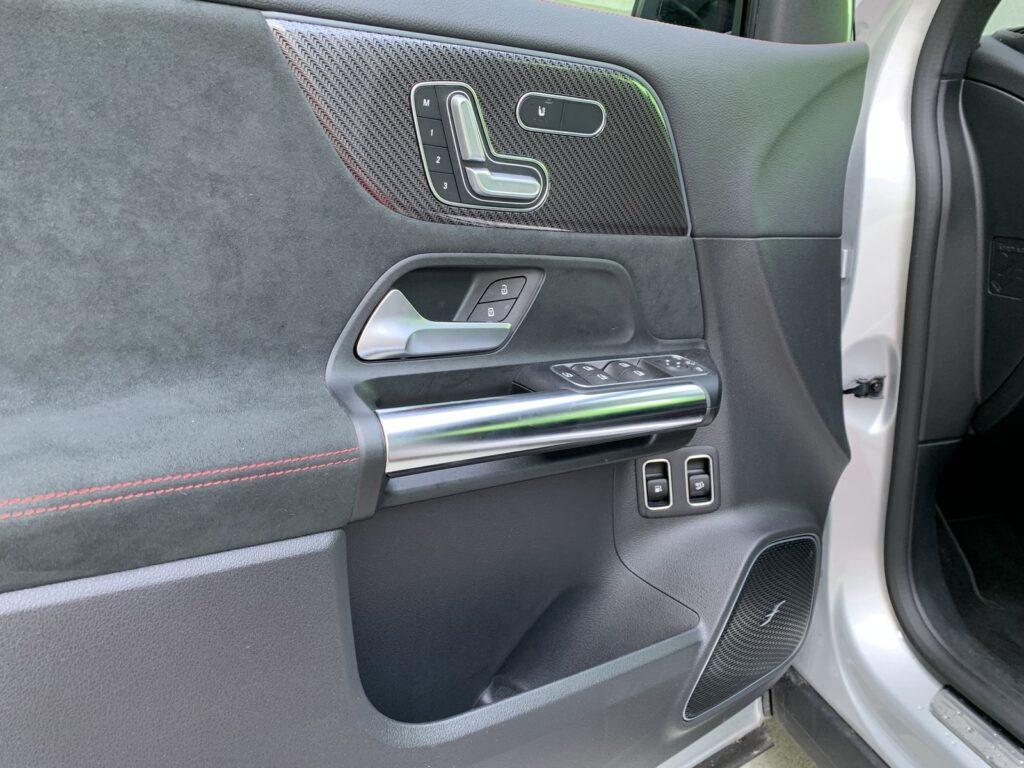 Mercedes GLA205E 36 1024x768
