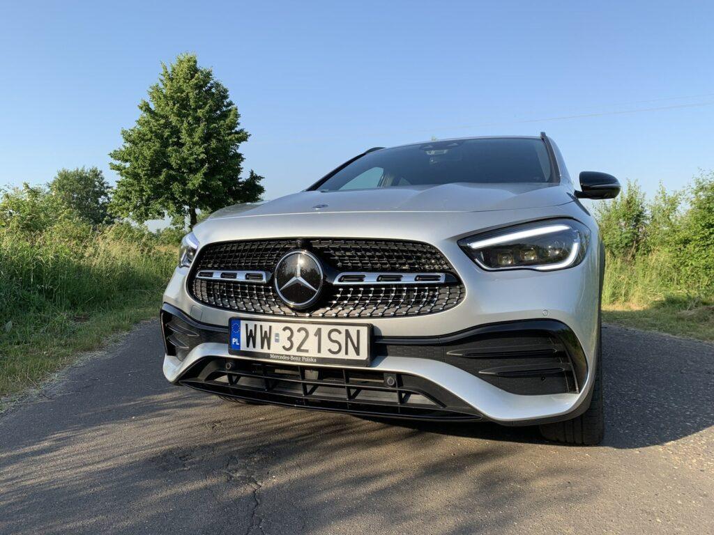 Mercedes GLA205E 4 1024x768