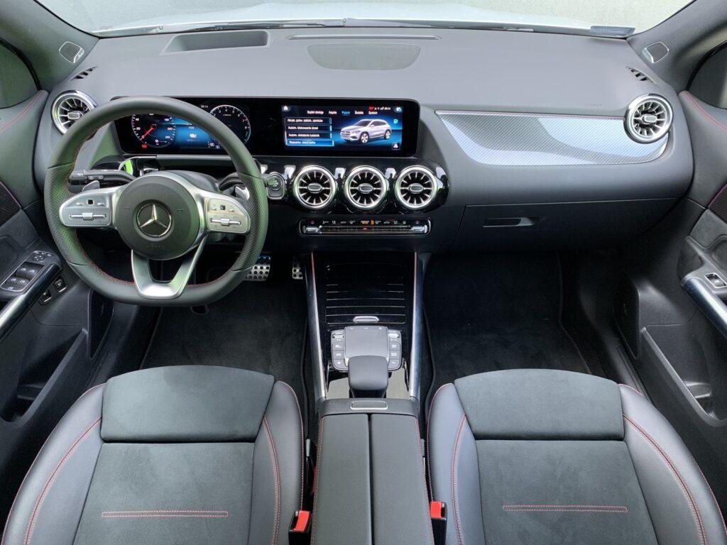 Mercedes GLA205E 41 1024x768