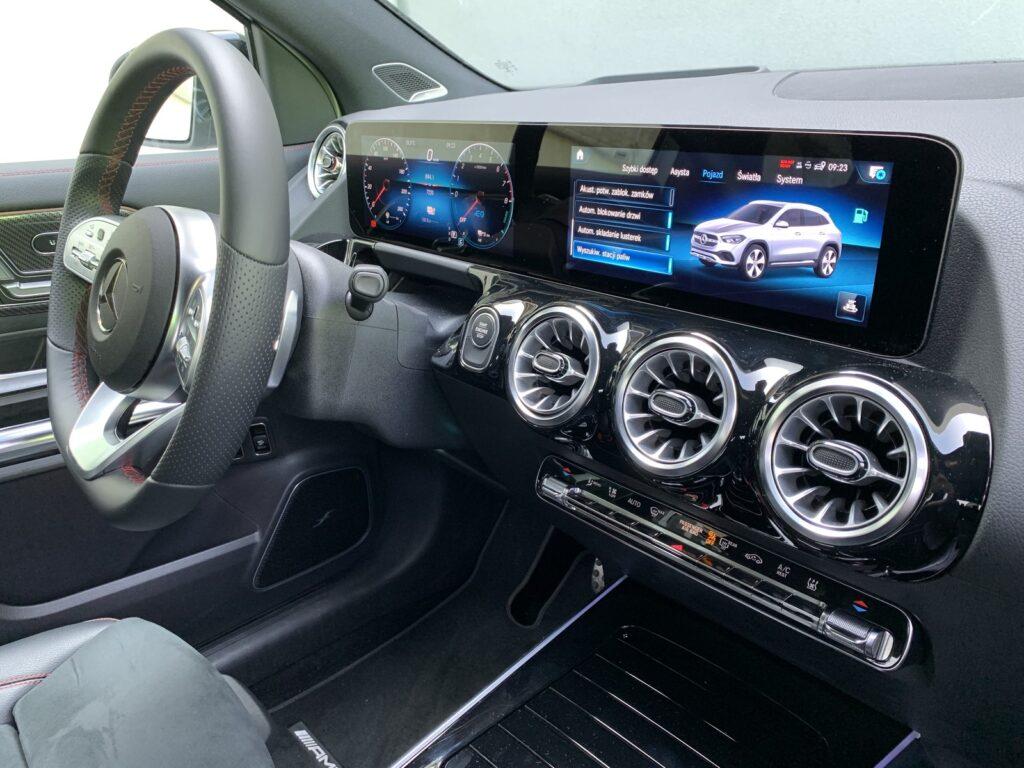 Mercedes GLA205E 42 1024x768