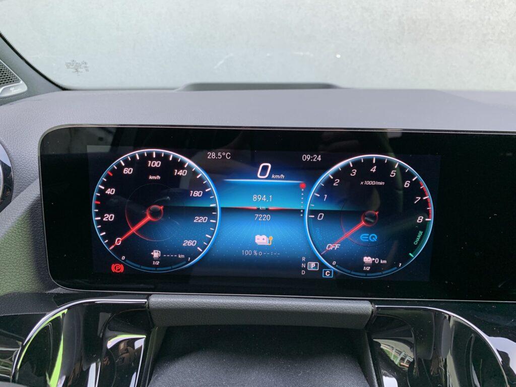 Mercedes GLA205E 44 1024x768