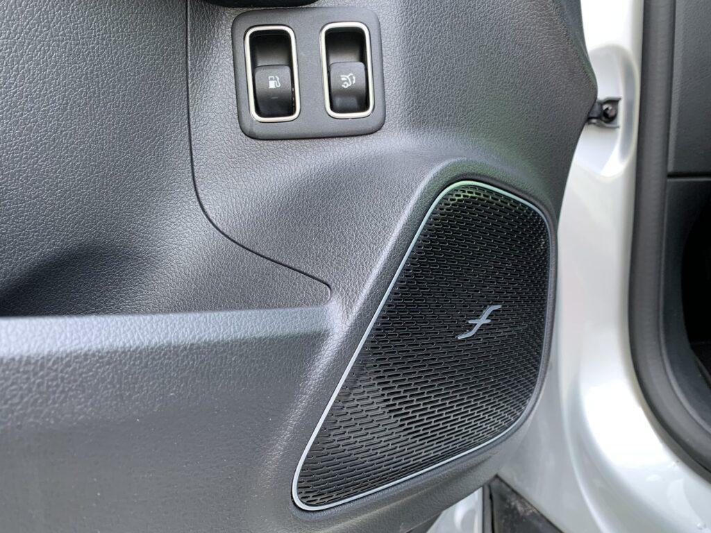 Mercedes GLA205E 46 1024x768