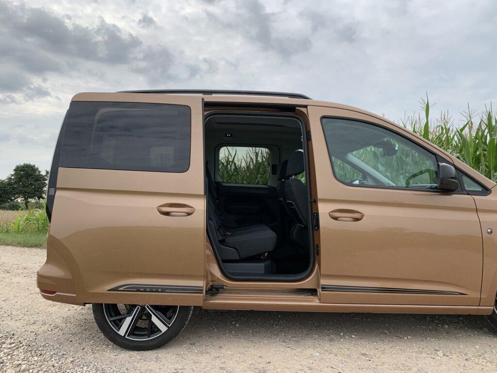 VW Caddy move 28 1024x768