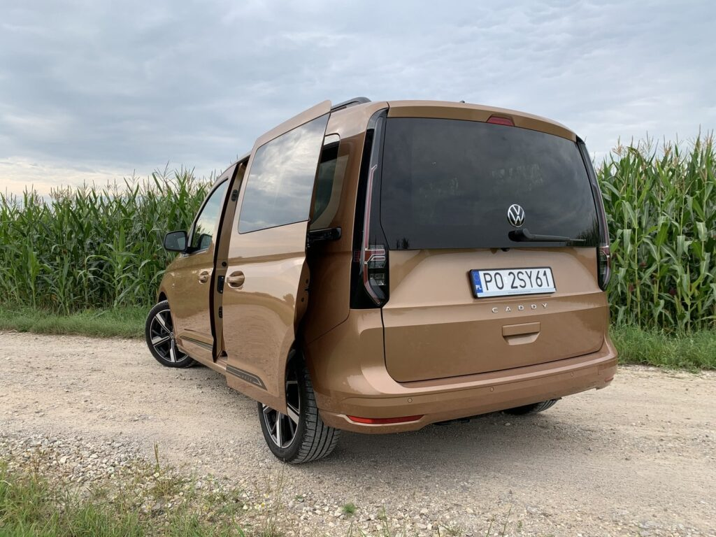 VW Caddy move 31 1024x768