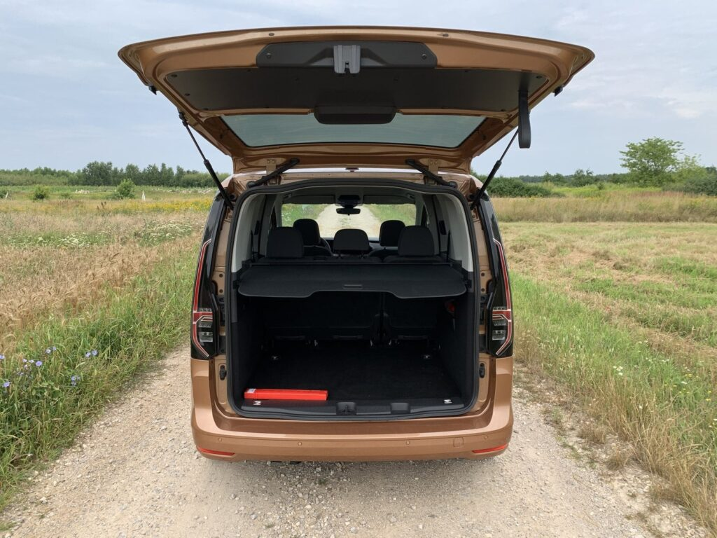 VW Caddy move 36 1024x768