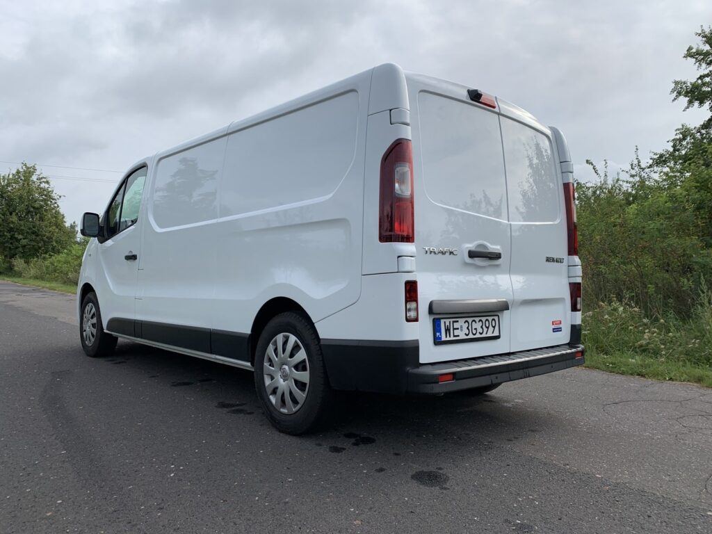 Renault Trafic Izoterma Szubert 13 1024x768