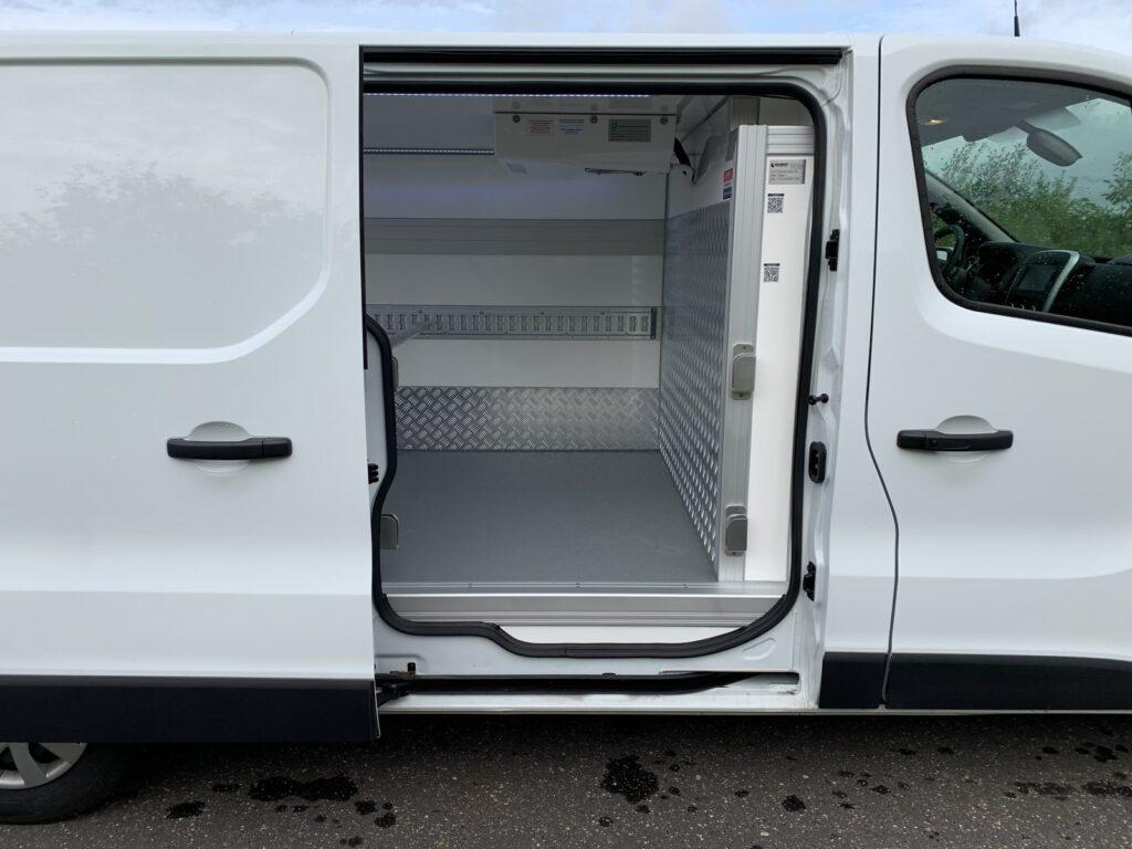 Renault Trafic Izoterma Szubert 20 1024x768