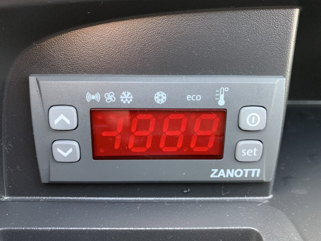 Renault Trafic Izoterma Szubert 46 1024x768