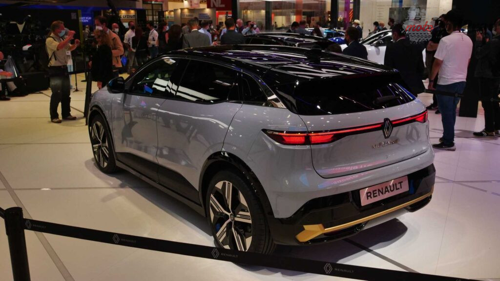 live photos of renault megane e tech from iaa 2021 2 1024x576