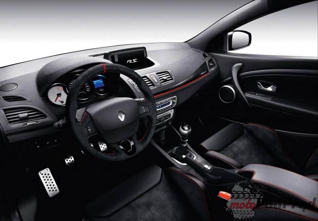717 1024x713 Renault Megane RS 275 Trophy   na pohybel Leonowi Cuprze