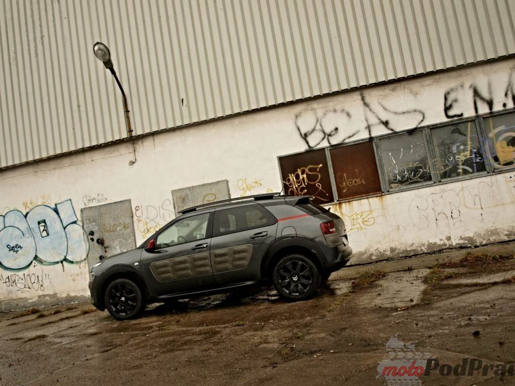 B072567 1024x768 Test: Citroen C4 Cactus 1.6 e HDI Shine Edition