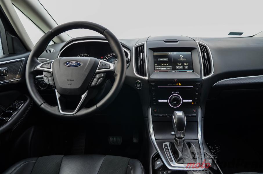 DSC 0104 Test: Ford S MAX 2.0 TDCi 180 KM PowerShift Titanium   kierowca nadal najważniejszy!