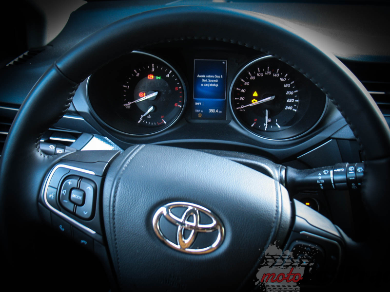 IMG 0631 Toyota Avensis Touring Sports D 4D 143 KM   w cieniu konkurencji