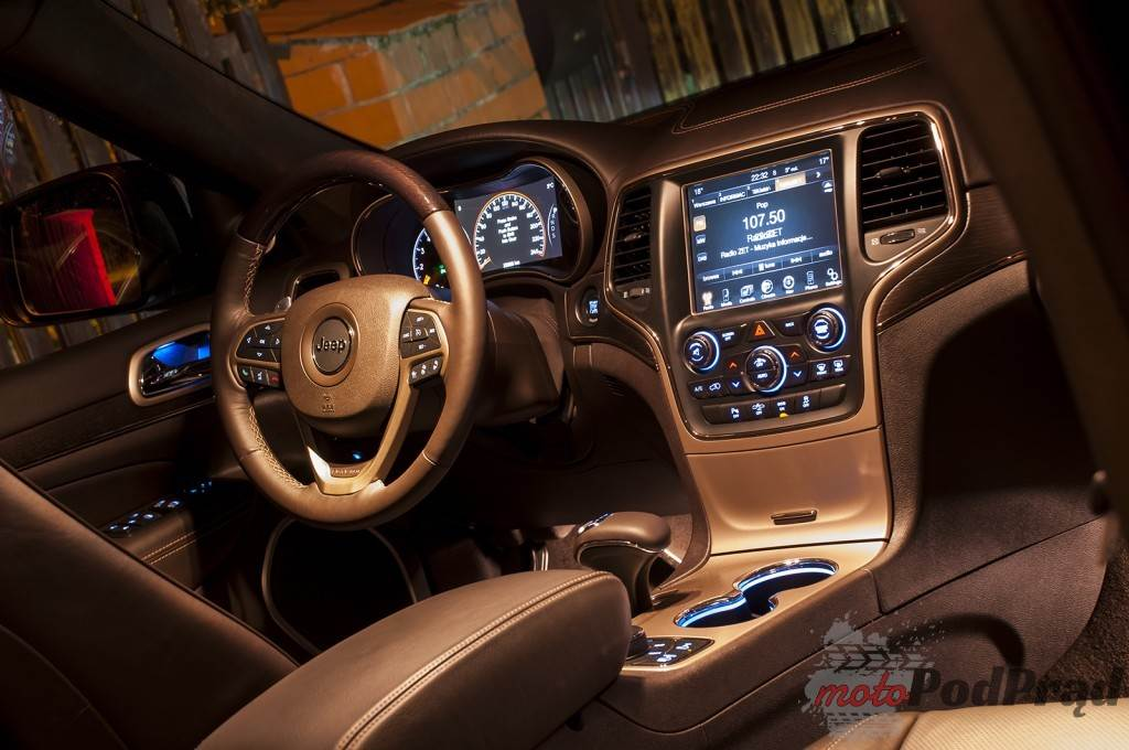 Jeep grand cherokee 44 1024x680 Jedzie Nowe