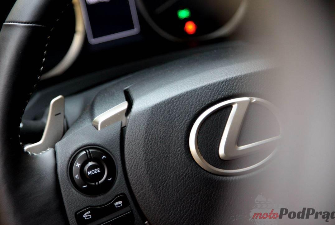 Lexus is 200 17 Test: Lexus IS 200 T Prestige