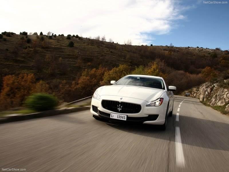 Maserati-Quattroporte_2013_800x600_wallpaper_50