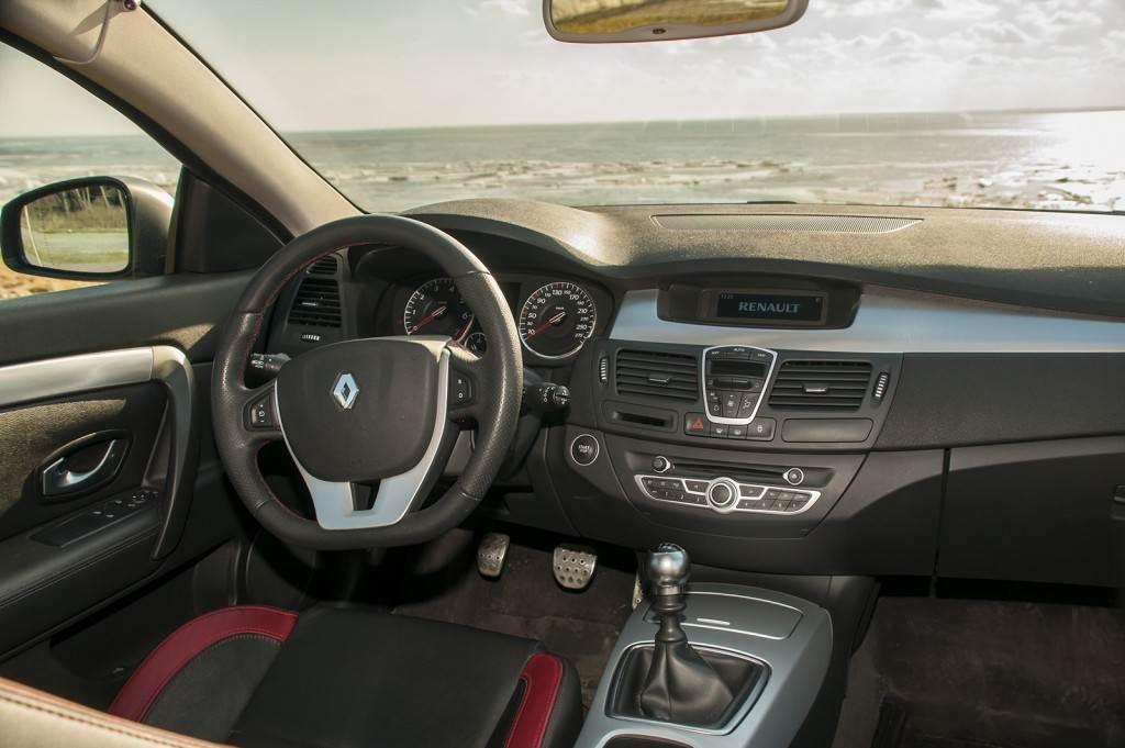 Renault Laguna  13 copy 1024x681