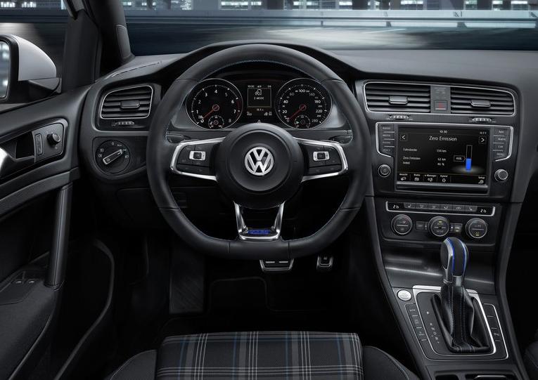 VIDcdCgM Volkswagen Golf GTE   elektryczne GTI?