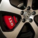 VW Golf VII GTI 10 150x150 Między iPhonem a Crocsami