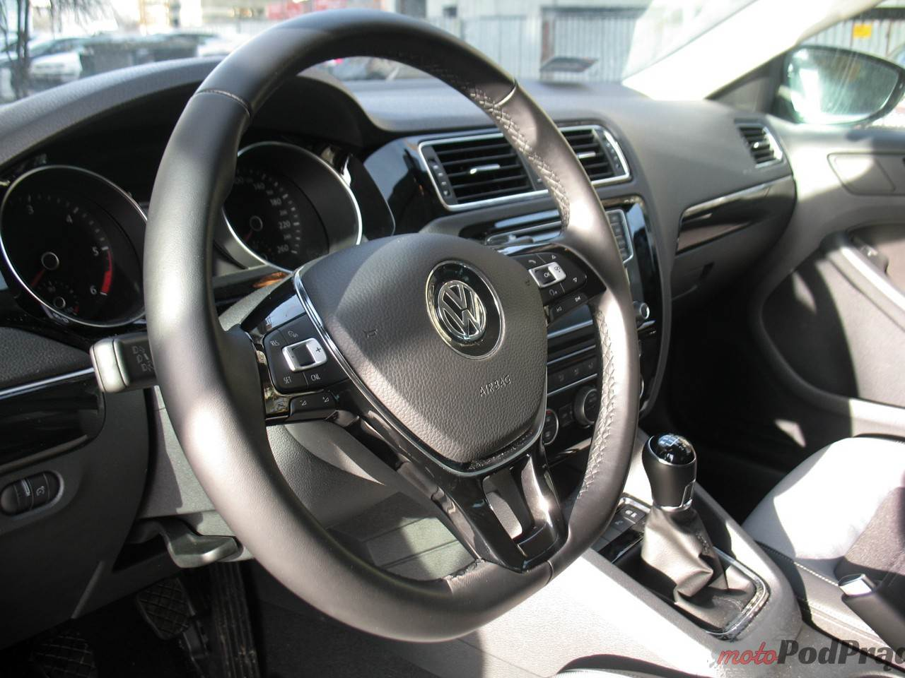 Volkswagen Jetta 2 Volkswagen Jetta 2.0 TDI 150 KM   nazbyt zwyczajna